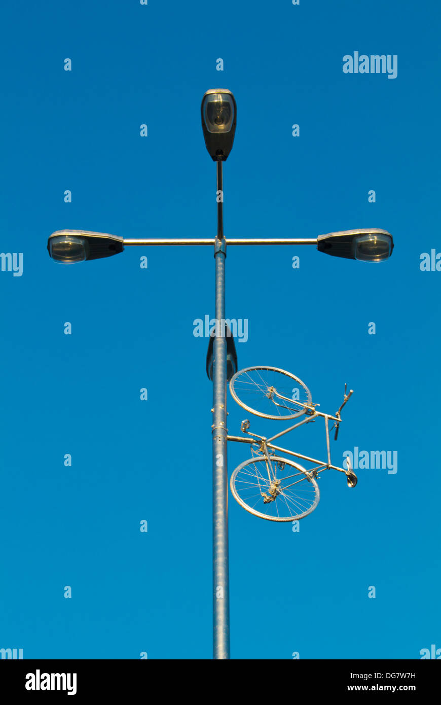Bike au ciel Memorial (2013) par Kristof Kintera morts commémorant Jan Bouchal militant vélo plus sûr district Prague Bubenec Photo Stock