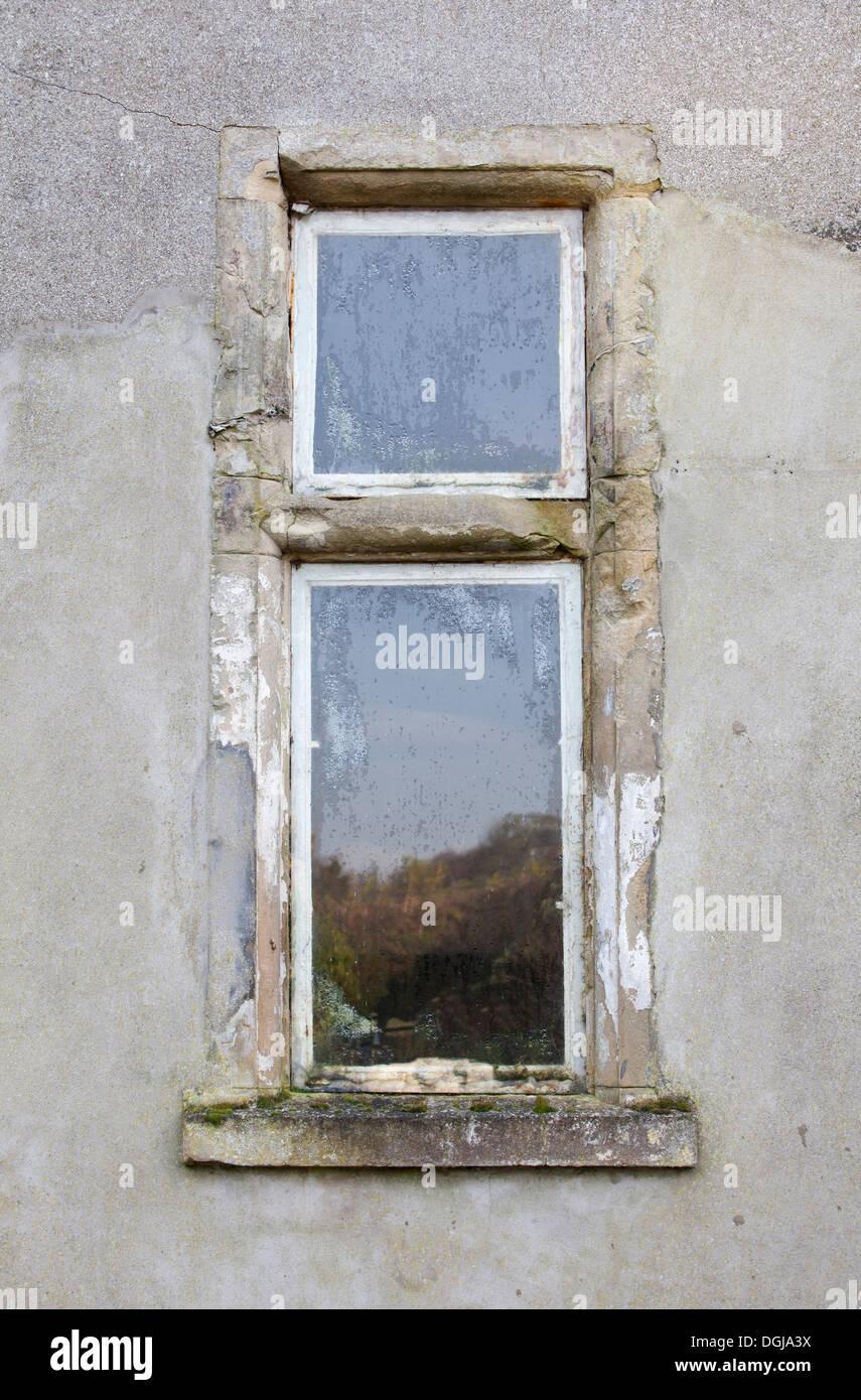 Ancien Cadre De Fenêtre En Bois Banque Dimages Photo Stock