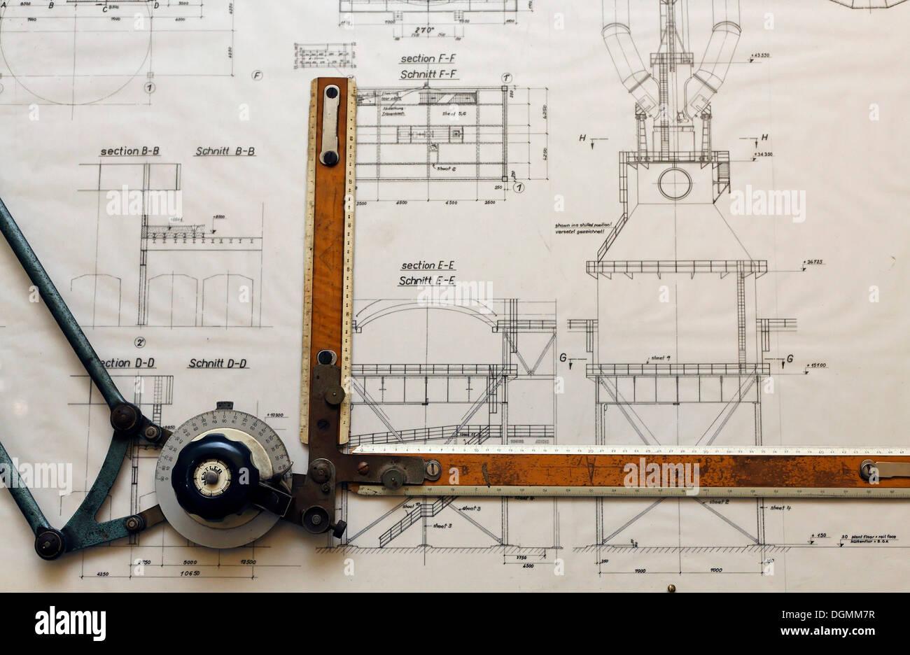 Dessin de conception d'un catcher pour un haut-fourneau, planche à dessin de la construction Ministère de l'Gutehoffnungshuette Photo Stock