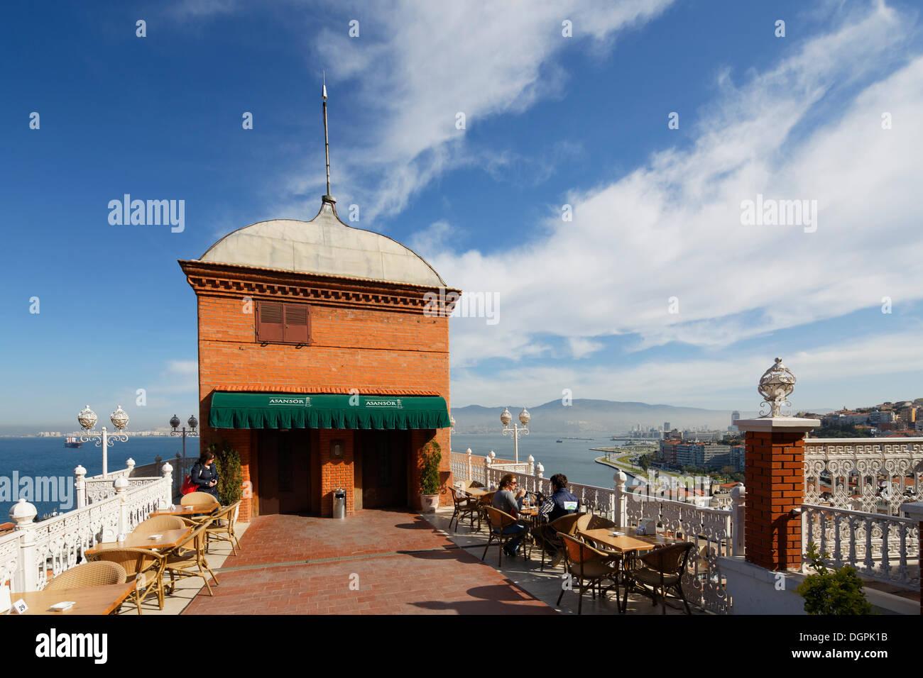 D'un ascenseur, Asansoer, Karataş, Izmir İzmir, Province, Région de l'Egée, la Turquie Photo Stock
