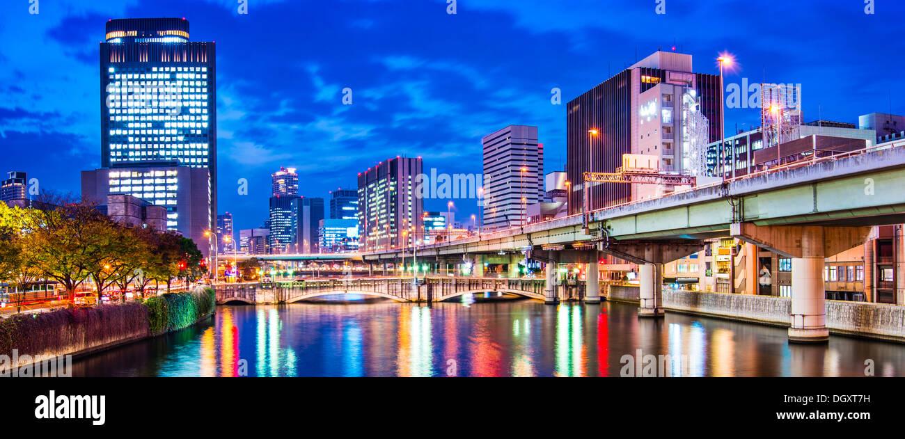 Vue sur la rivière d'Osaka, au Japon. Photo Stock