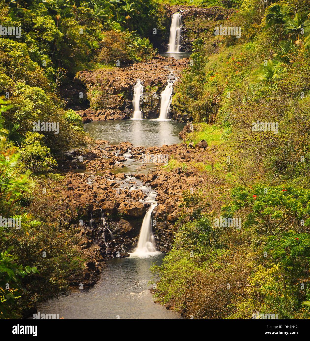 Chutes d'Umauma étagée triple sur la grande île d'Hawaï Banque D'Images