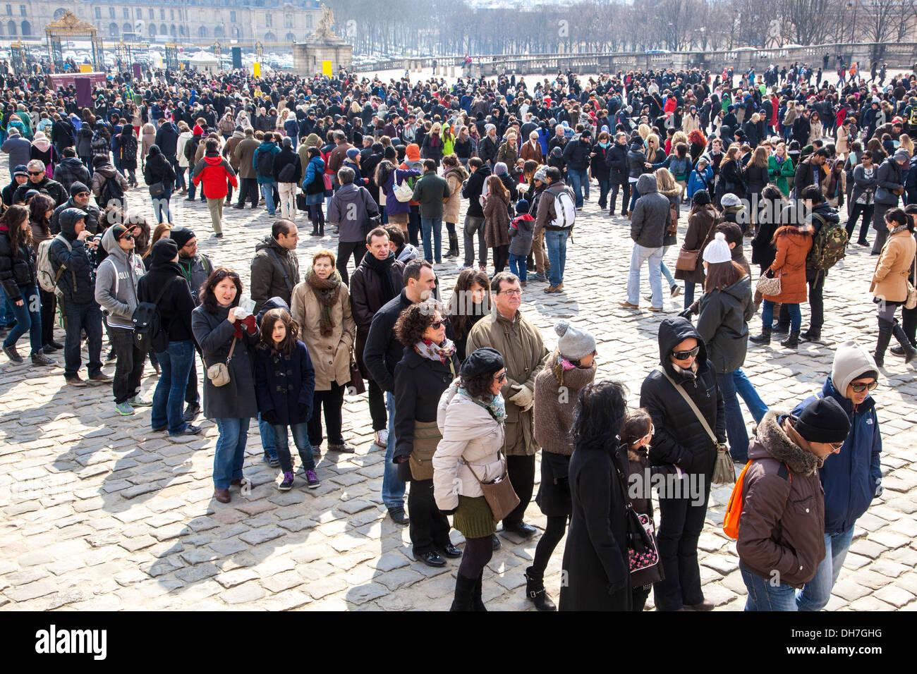 Queue de touristes, Château de Versailles, Paris, France Photo Stock