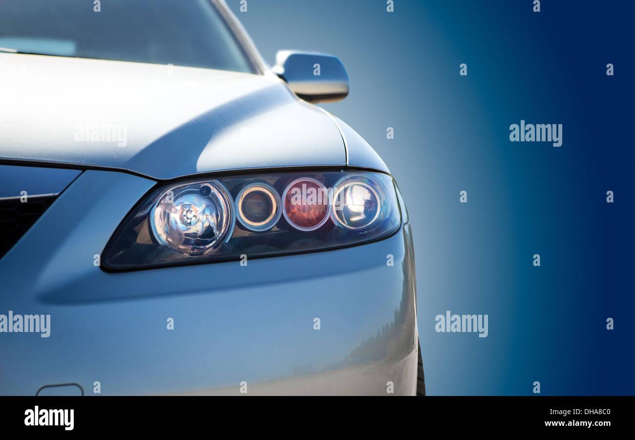 Gros plan voiture moderne bleu Photo Stock