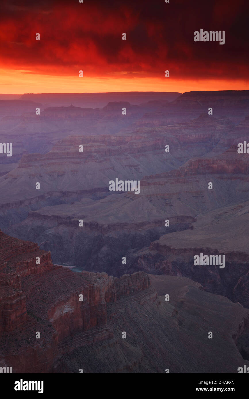 Coucher de soleil au point Hopi, Rive Sud, le Parc National du Grand Canyon, Arizona. Photo Stock