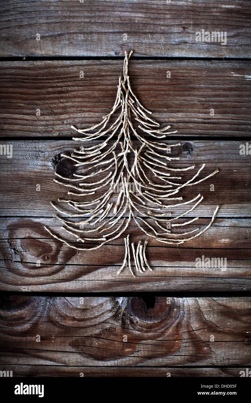Arbre de Noël sur fond de bois Photo Stock