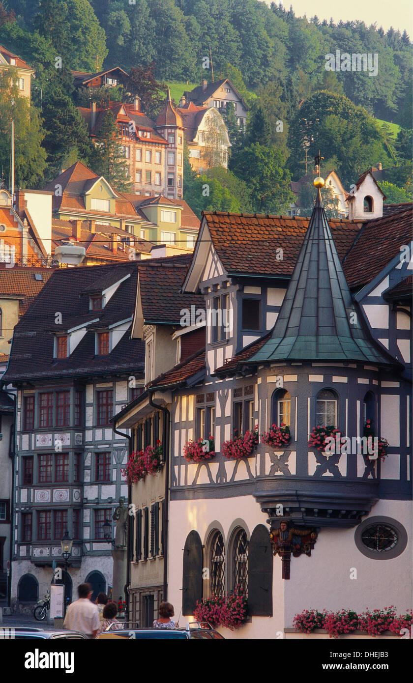 Tudor l'extérieur des bâtiments de la ville de St Gall en suisse Banque D'Images