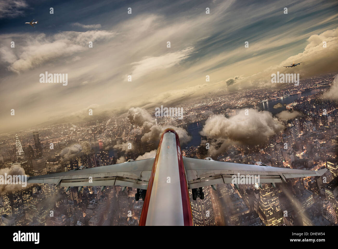 Airbus A 340 final tournant pour intercepter le LOC de la piste 13L à l'aéroport JFK, New York Photo Stock
