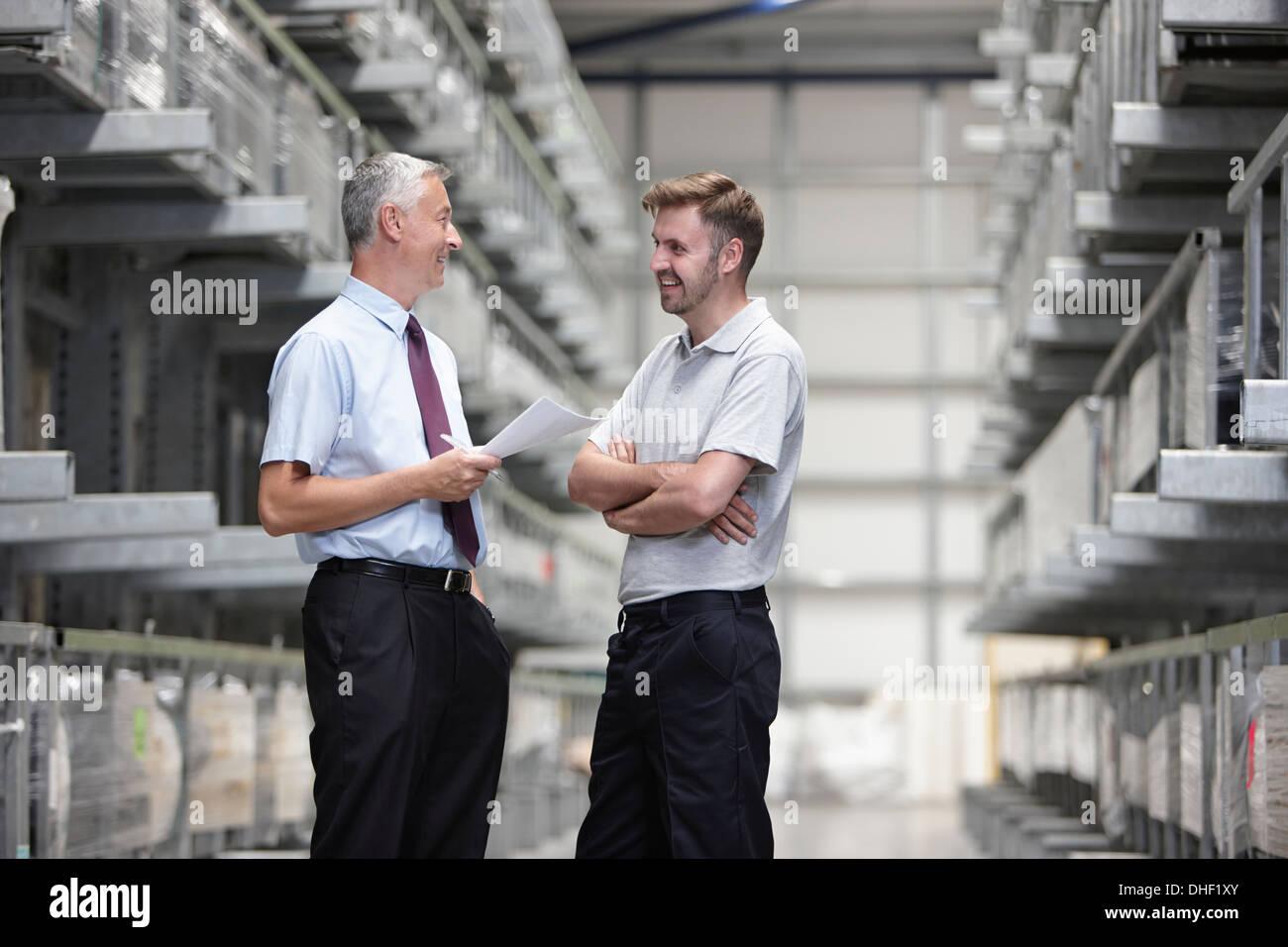 Travailleur et manager warehouse Photo Stock