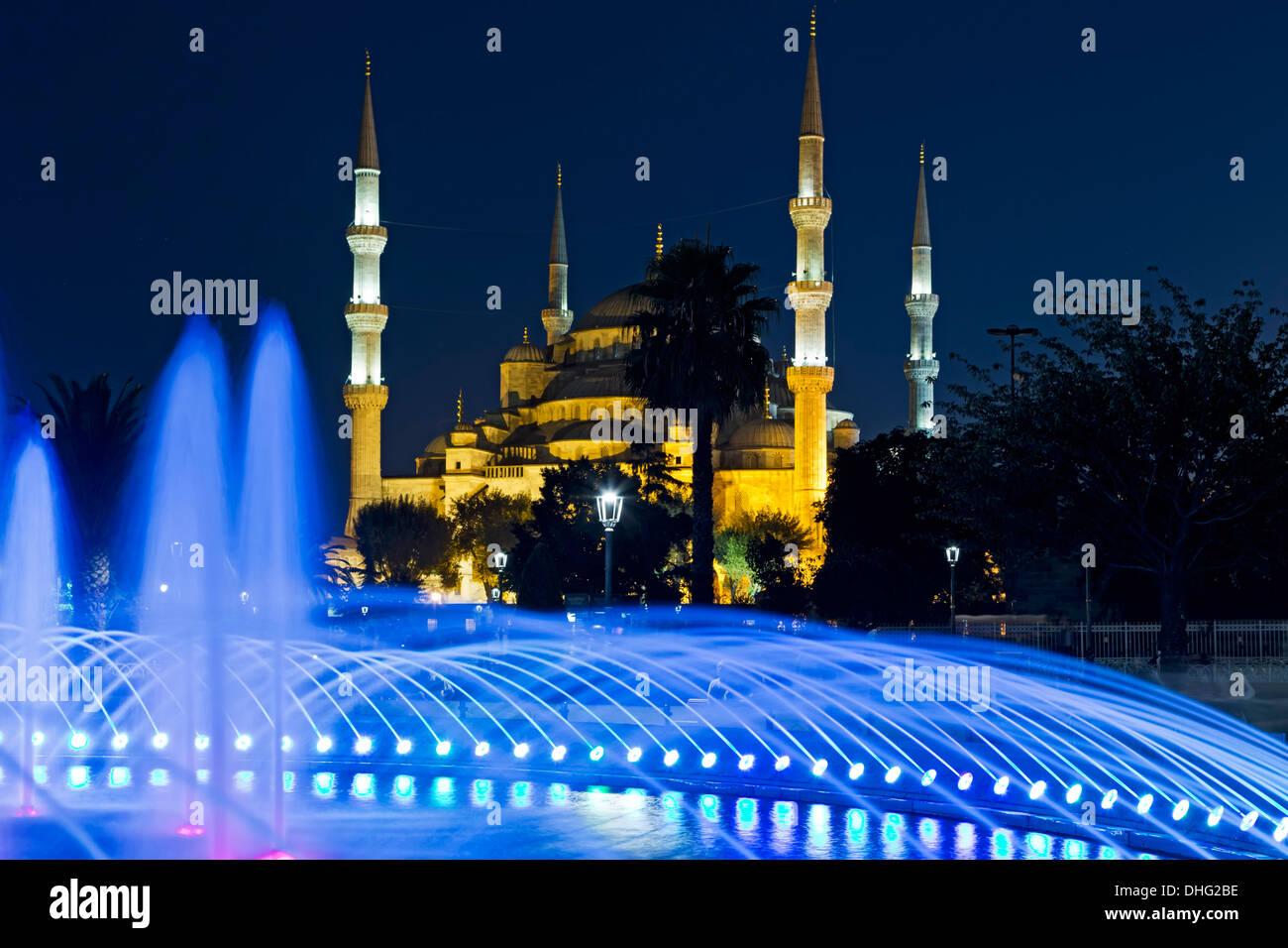 Fontaine et de la Mosquée Bleue, Istanbul, Turquie Photo Stock