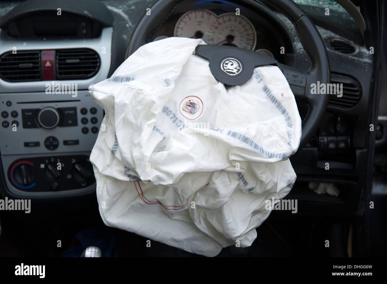 deployed airbag photos deployed airbag images alamy. Black Bedroom Furniture Sets. Home Design Ideas
