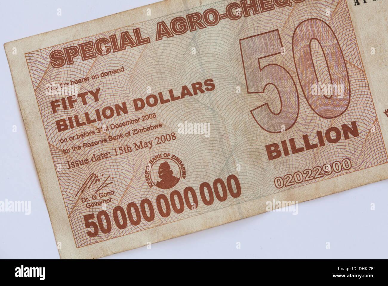 A 50 milliards de dollar du Zimbabwe Remarque - le dollar du Zimbabwe est la devise officielle du Zimbabwe depuis 1980 au 12 avril 2009 Photo Stock
