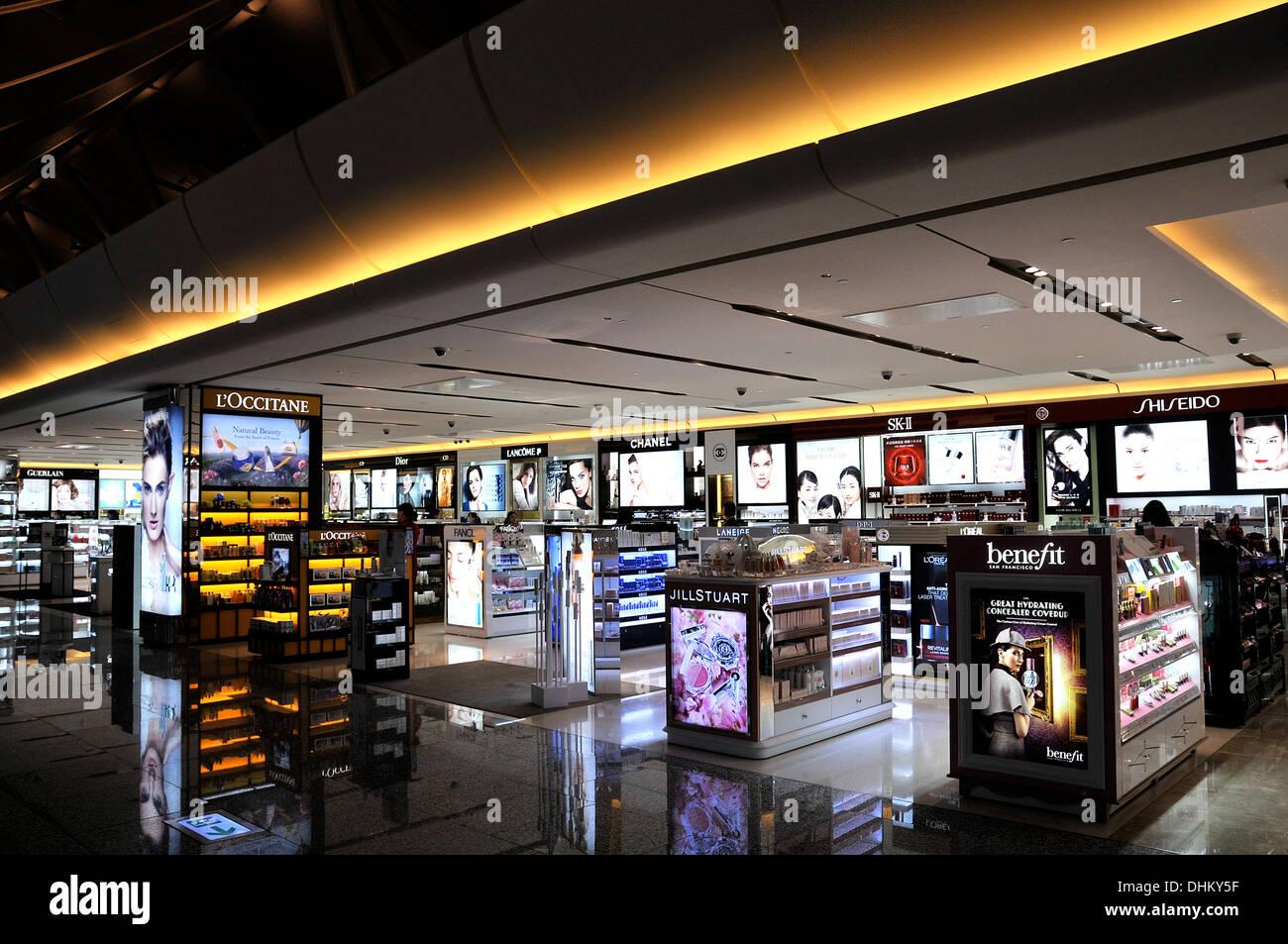 Shop Duty Free Et L'aéroport Boutique De Cosmétiques Parfum rCoshQBtdx