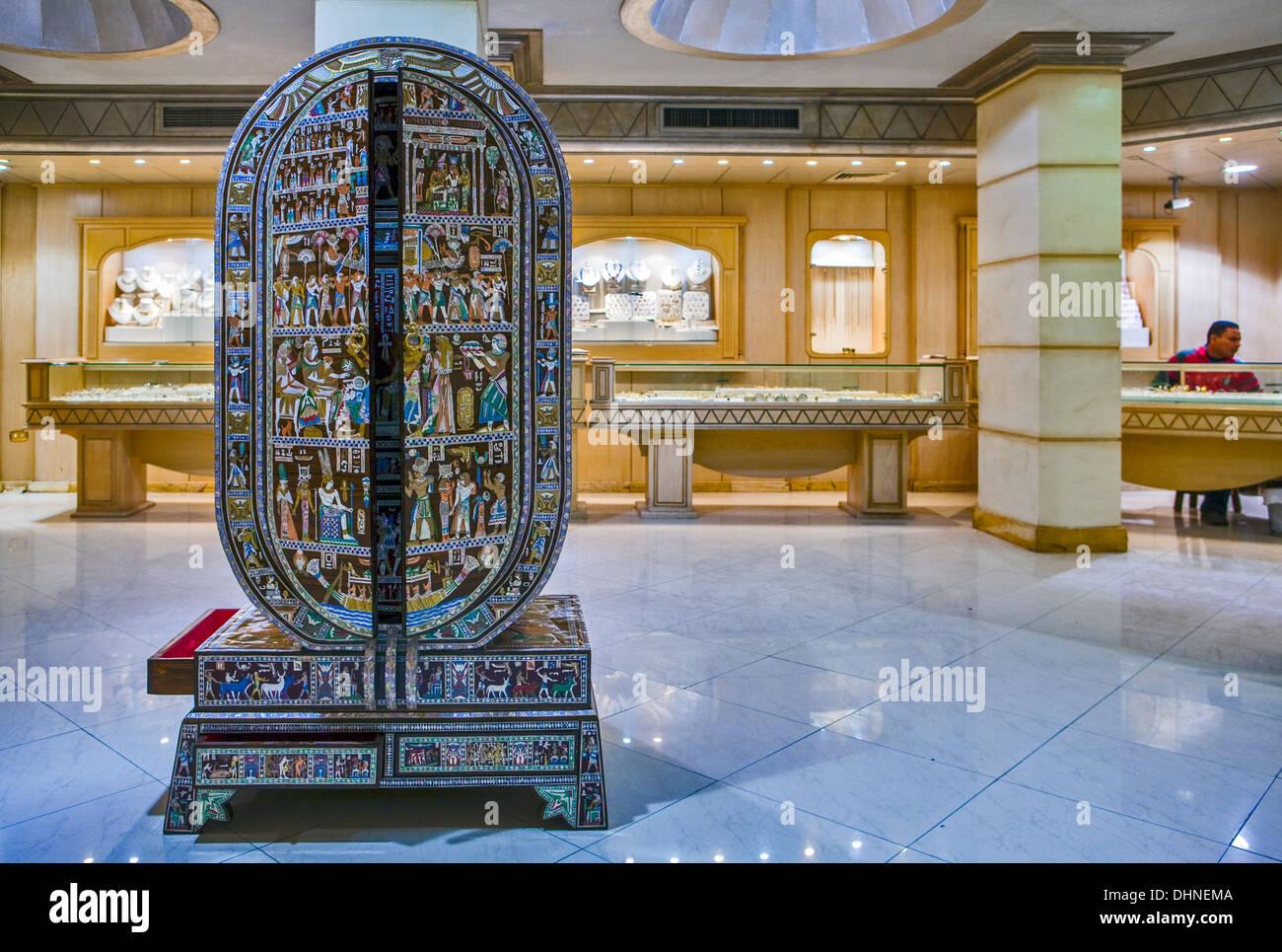 Afrique, Egypte, Caire, une boutique d'artisanat de luxe Photo Stock