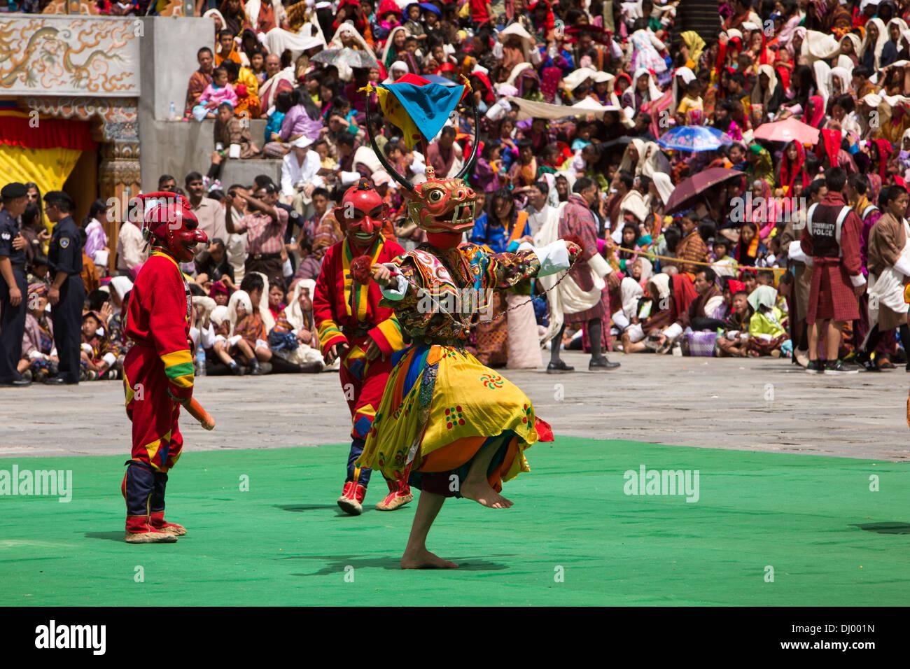 Le Bhoutan, Thimphu Dzong, Tsechu annuel, la danse du cerf et le chou (Shawo Shachi) Photo Stock