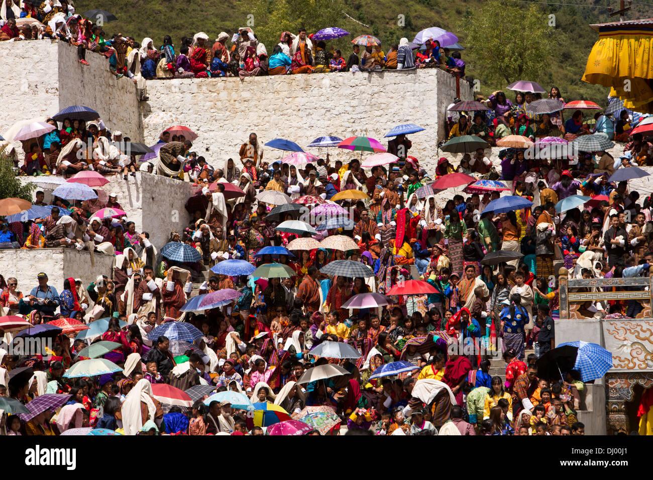 Le Bhoutan, Thimphu Dzong, Tsechu festival annuel, la capacité de Sun à l'abri des foules Photo Stock