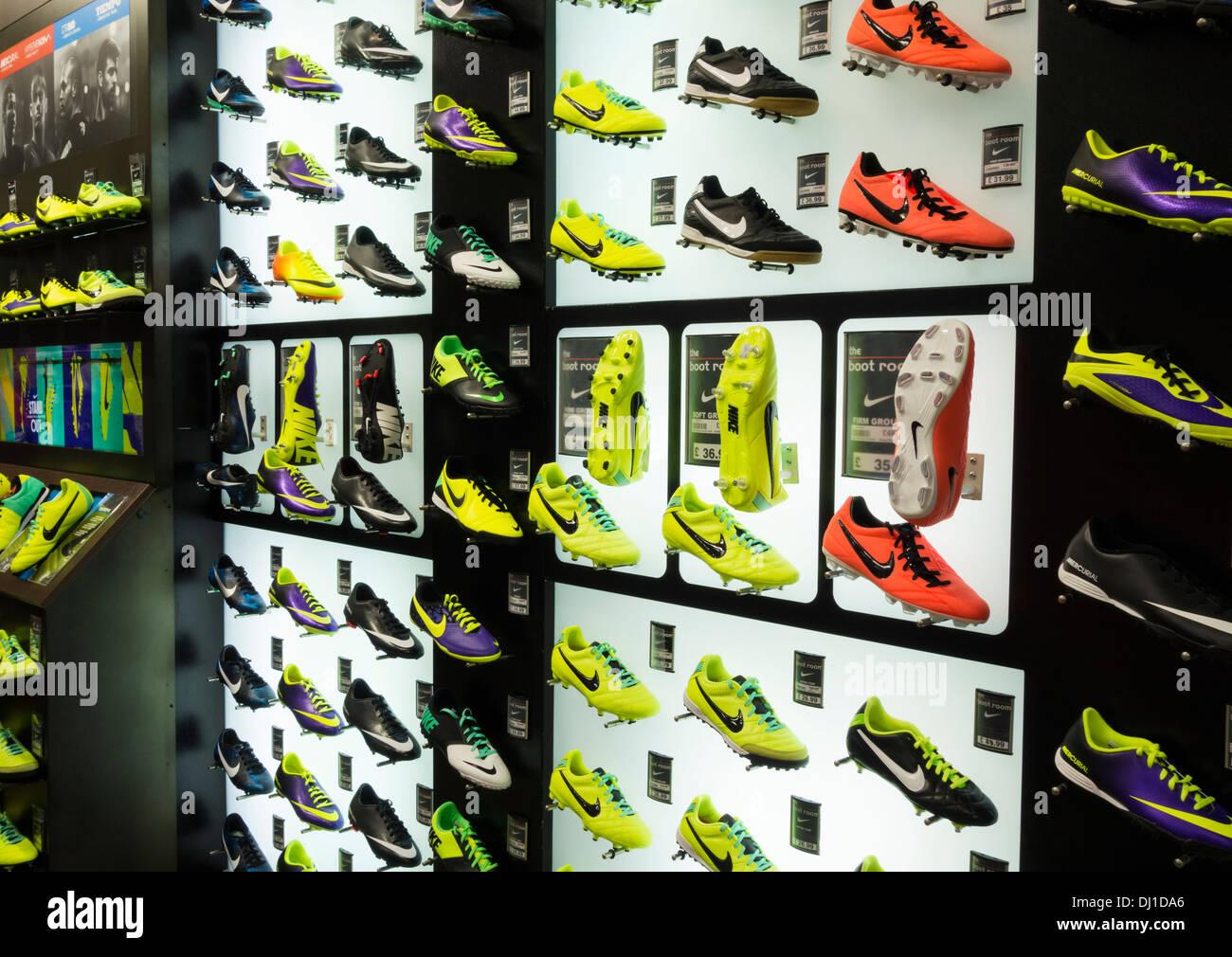 MagasinL'angleterre Football Sports Direct De Nike Chaussures En Ygbyf6v7