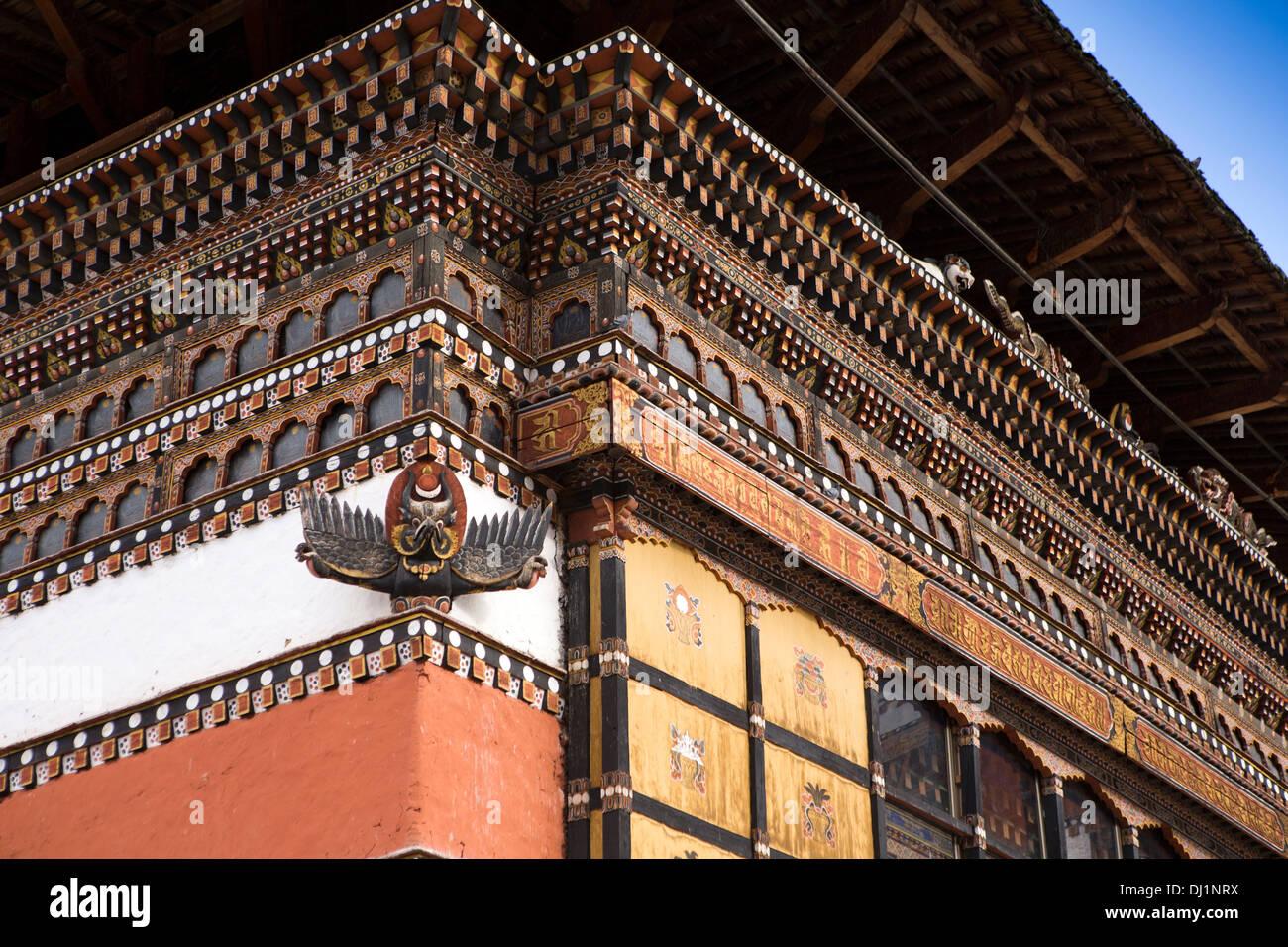 Le Bhoutan, Thimphu Dzong, détail de Garuda peint et décoré Bois détail structurel Photo Stock