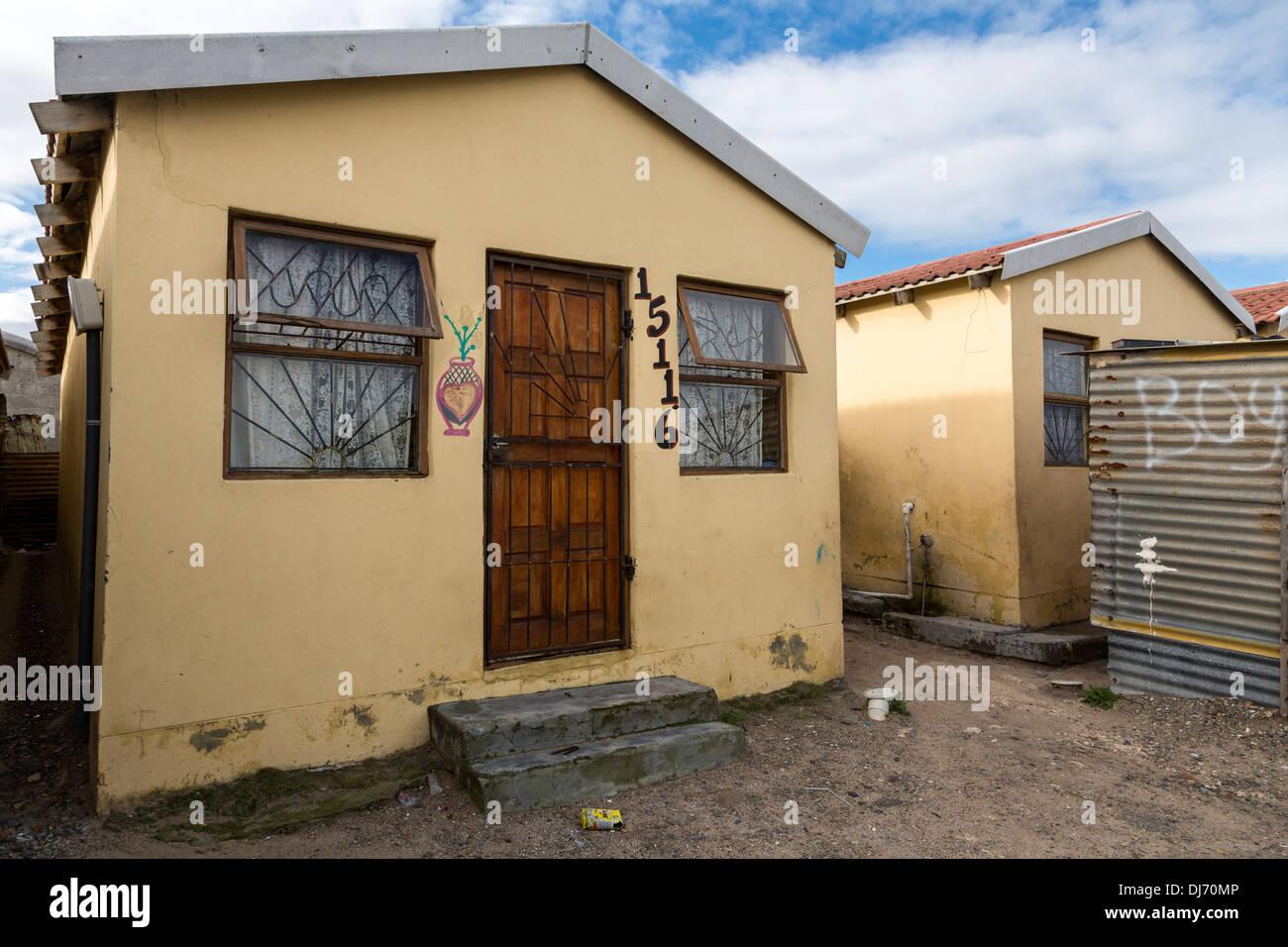 Lafrique du sud cape town guguletu township maison construite récemment pour