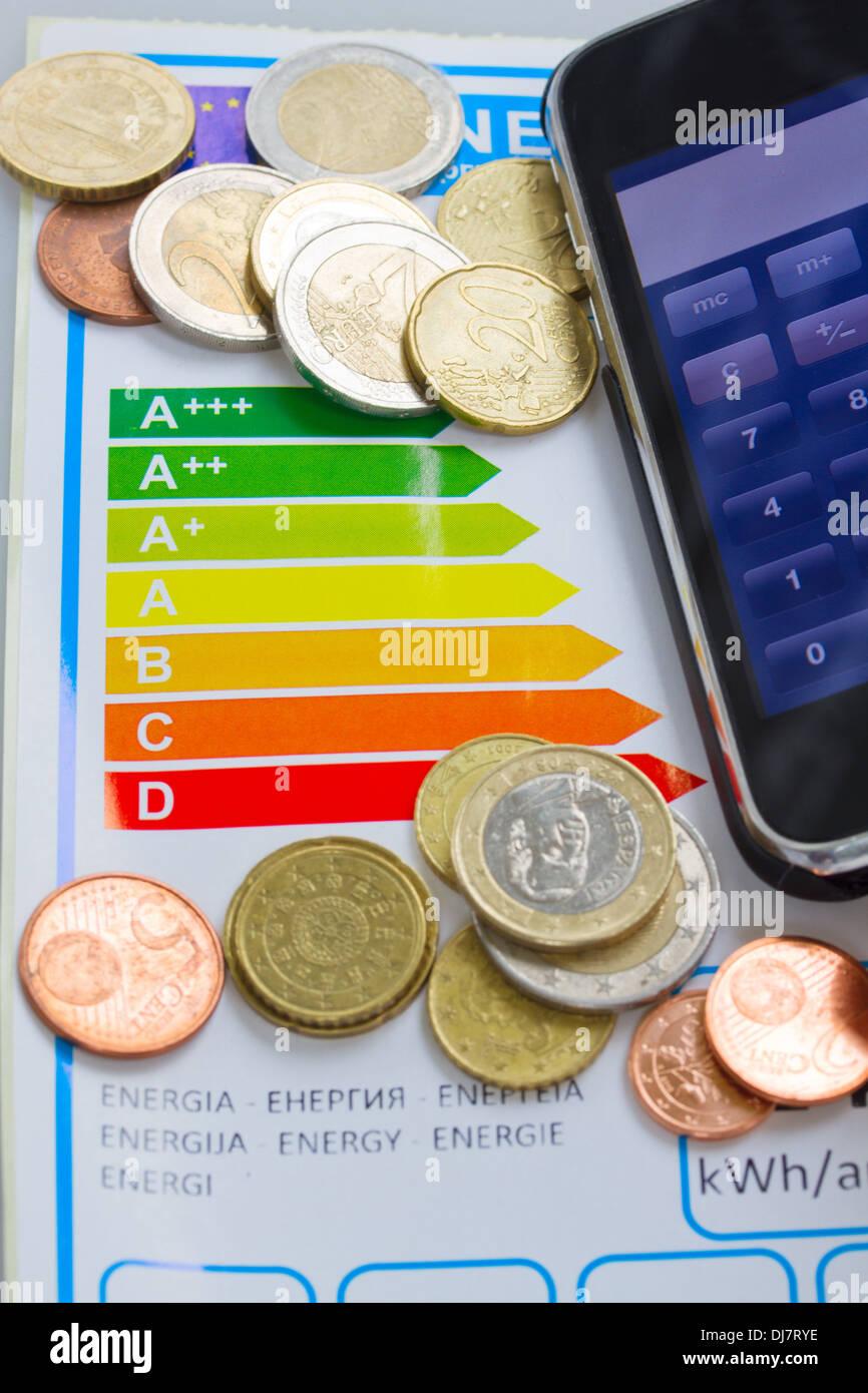 Économiser de l'argent grâce à l'efficacité énergétique concept Photo Stock