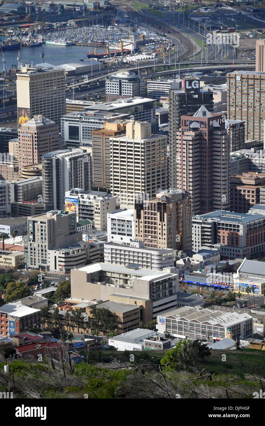 13 juin 2010 - Cape Town, AFRIQUE DU SUD - Centre-ville de Cape Town est vu de Signal Hill Dimanche 13 Juin 2010 à Cape Town, Afrique du Sud. (Crédit Image: © Mark Sobhani/ZUMApress.com) Banque D'Images