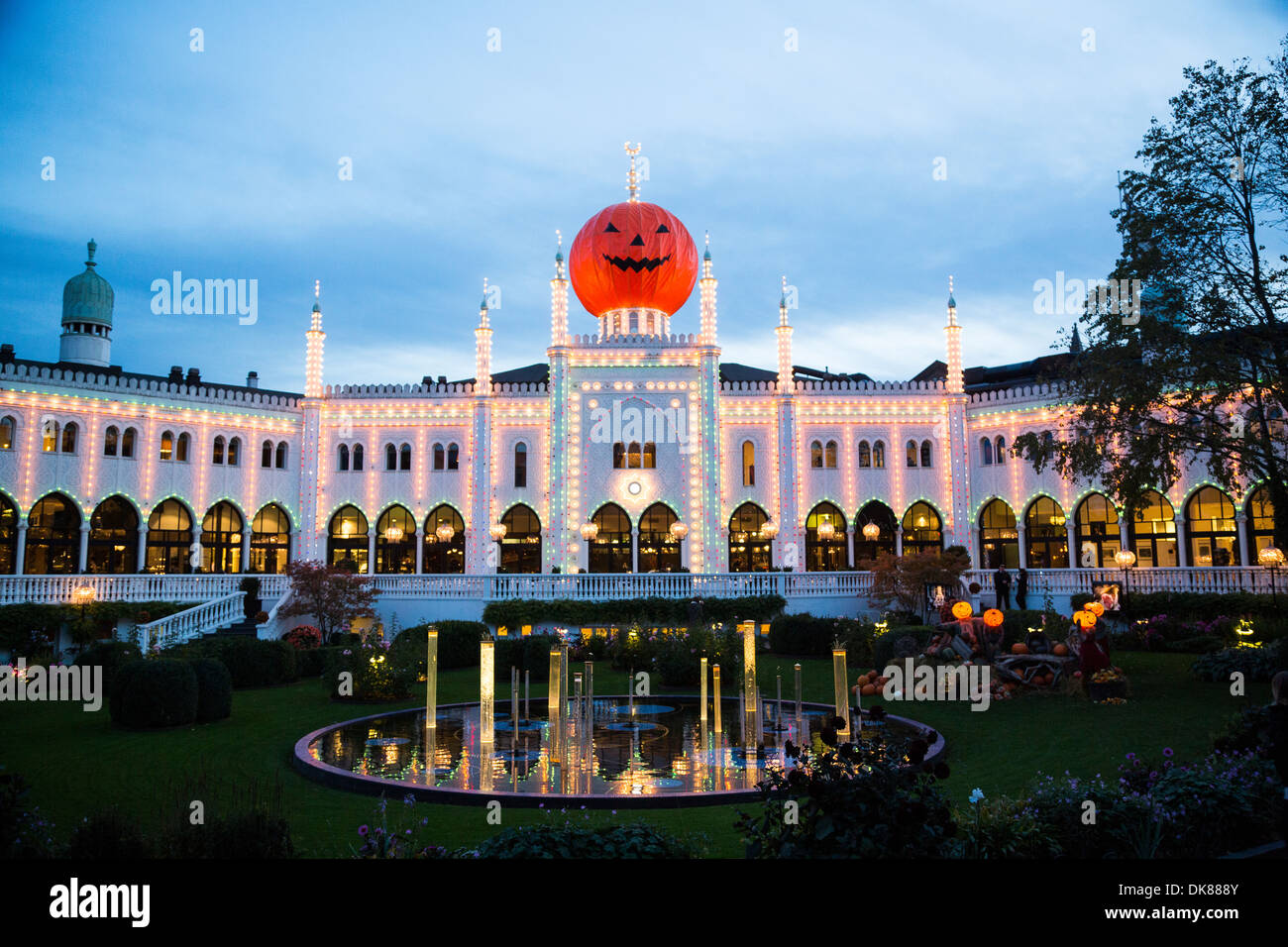 les jardins de tivoli copenhague danemark - Jardins De Tivoli