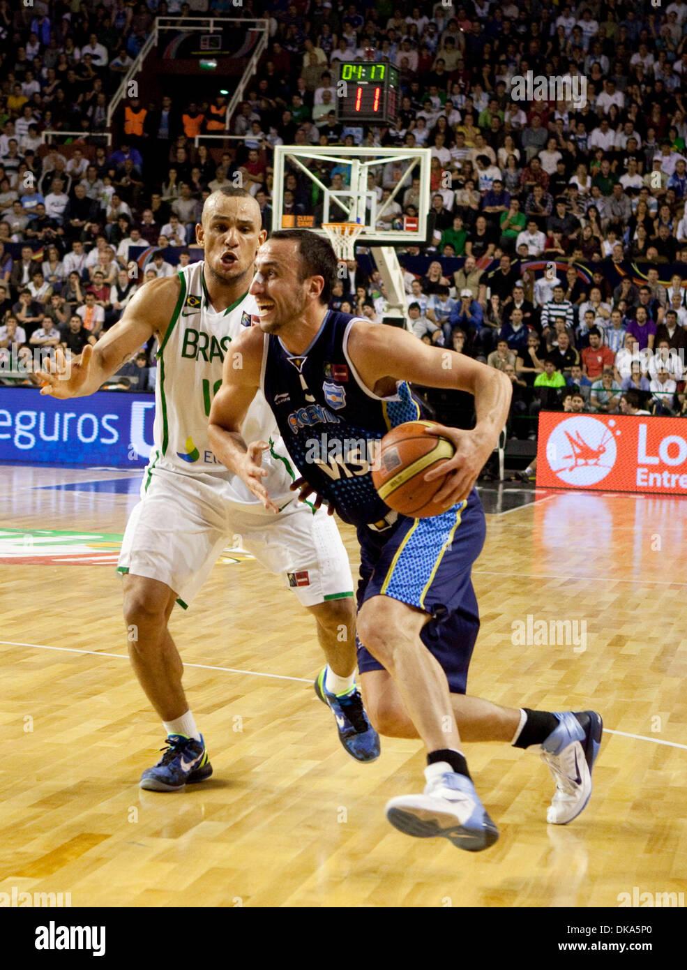 11 septembre 2011 - Mar del Plata, Buenos Aires, Argentine - Argentine MANU GINOBILI a passé les frais du Brésil Banque D'Images