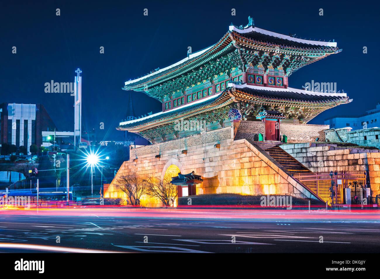 Séoul, Corée du Sud, à la Porte de Namdaemun. Photo Stock