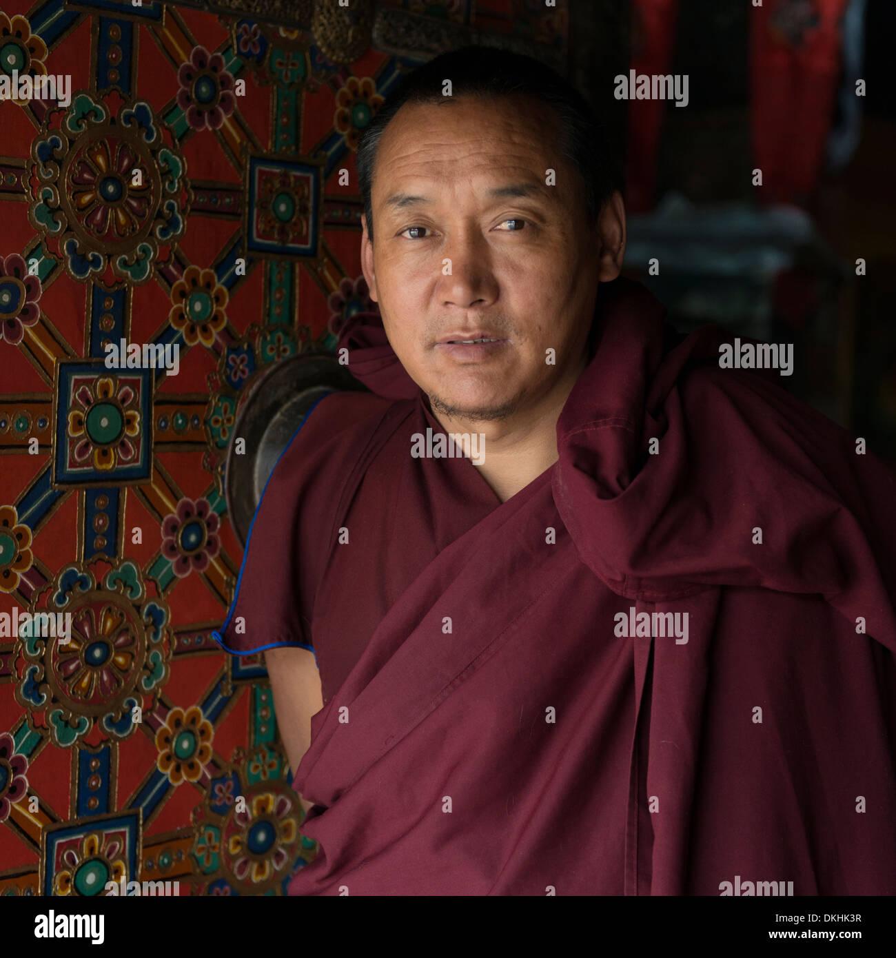 Moine bouddhiste au monastère de Drepung, à Lhassa, Tibet, Chine Banque D'Images