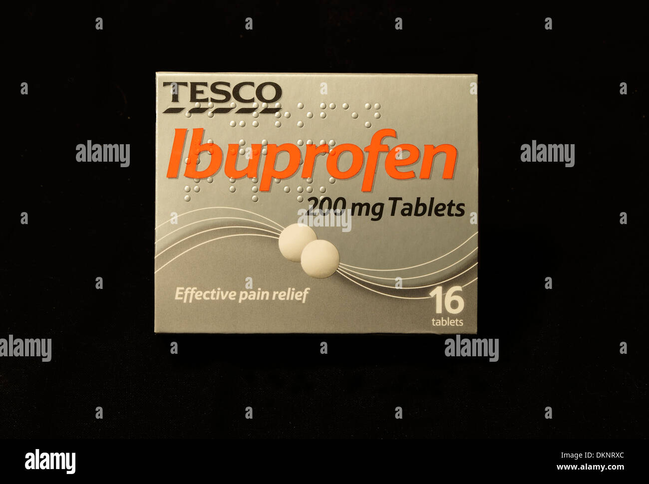 L'Ibuprofen 200mg comprimés Tesco, neurofen, pack, paquet, boîtes, paquets, comprimé, médecine, médicaments, pain killer killers UK mg Photo Stock