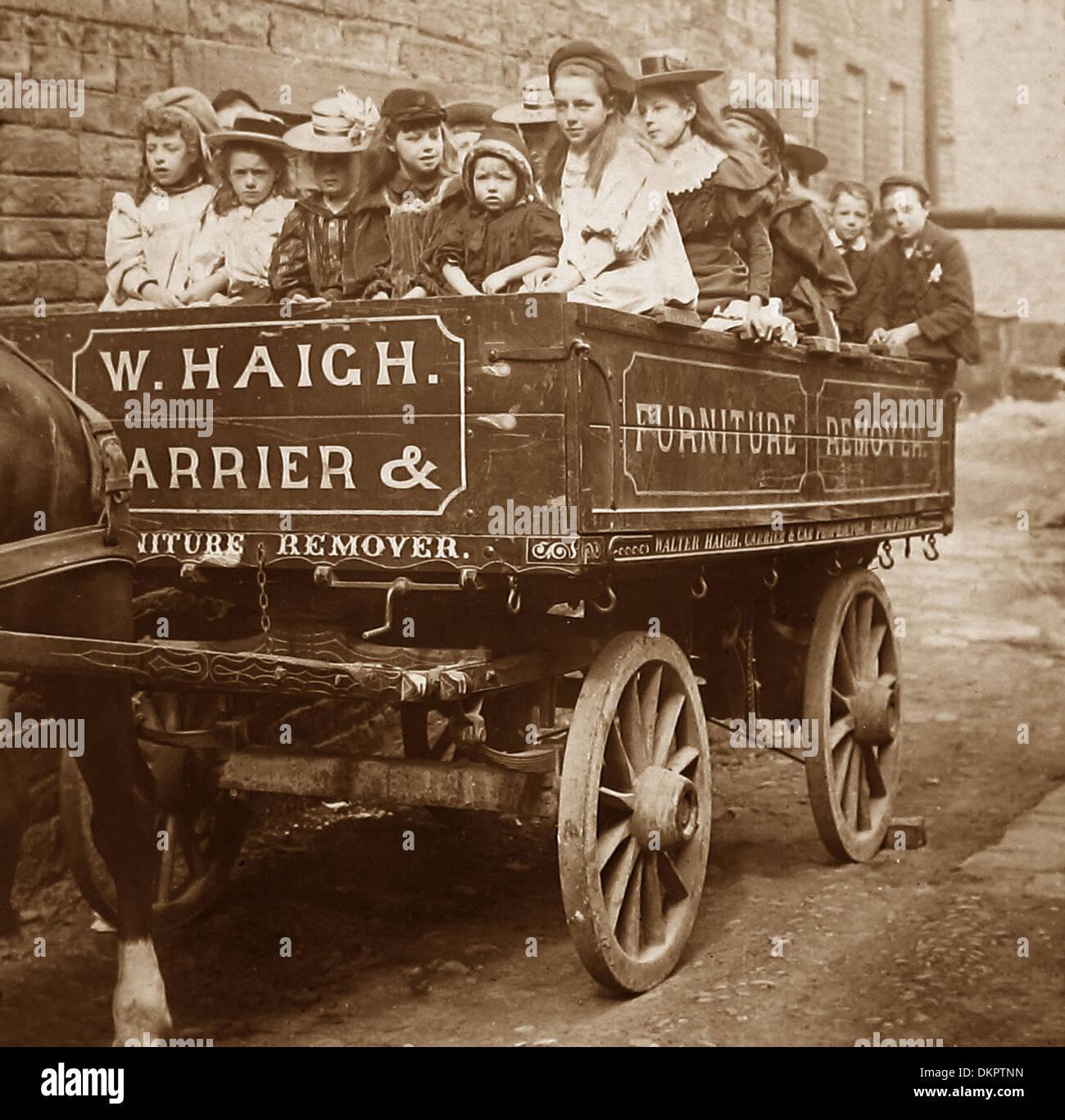 Holmfirth dimanche sortie scolaire début des années 1900 Photo Stock