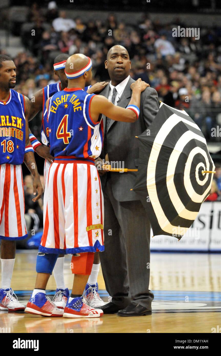 Harlem Globetrotters de vol Lang # 4 et de Washington l\'entraîneur ...