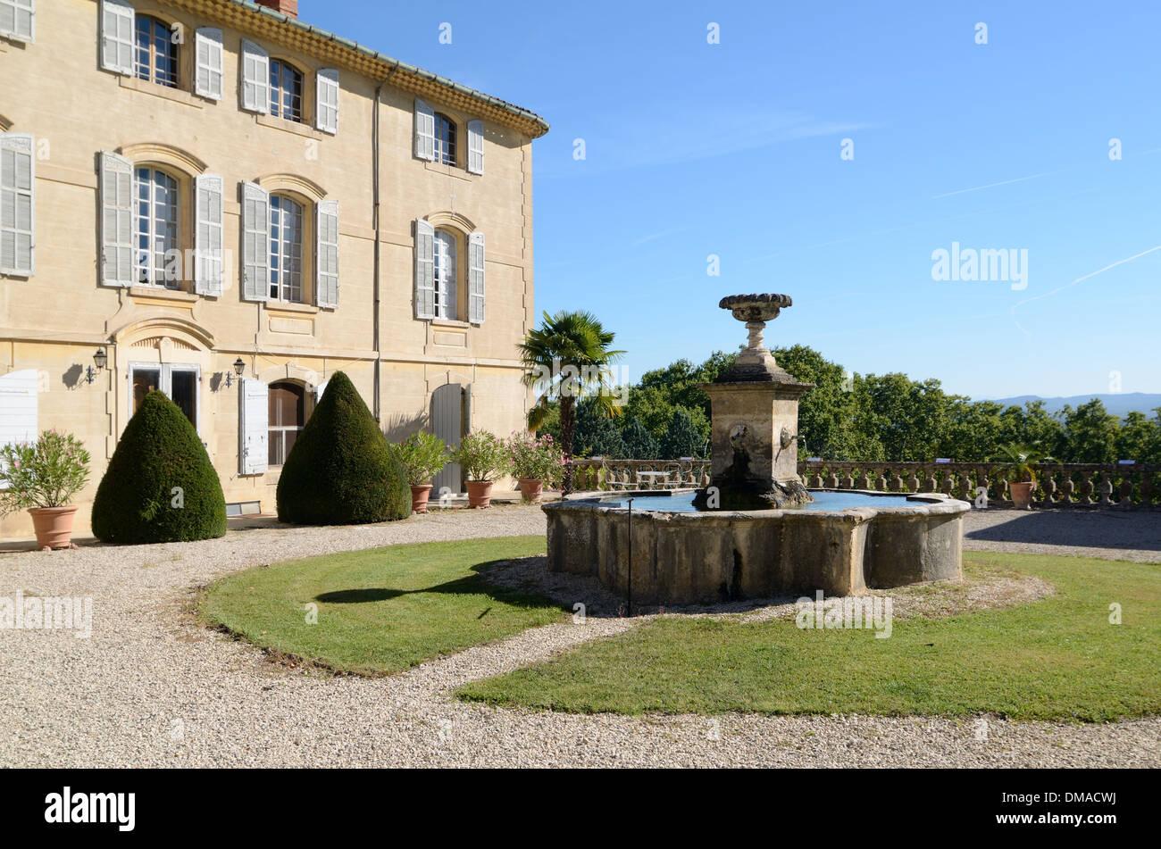 Château d'Arnajon Bastide ou Country House Le Puy-Sainte-Réparade Provence France Photo Stock