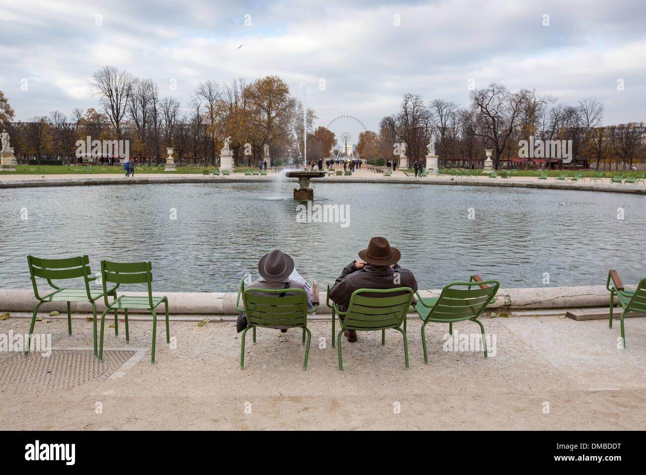 Le Grand bassin rond dans le jardin des Tuileries, Paris Photo Stock