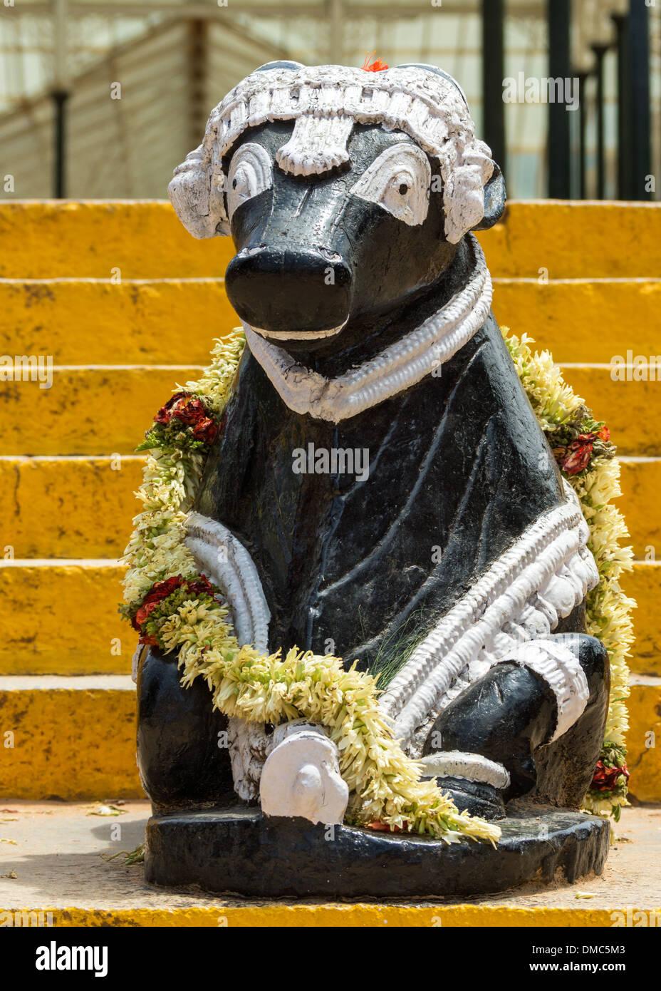 Statue de Nandi au Jardin Botanique Lal Bagh dans Bengaluru. Photo Stock