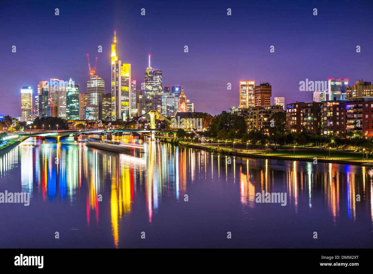 Francfort, Allemagne, sur la rivière principale. Photo Stock
