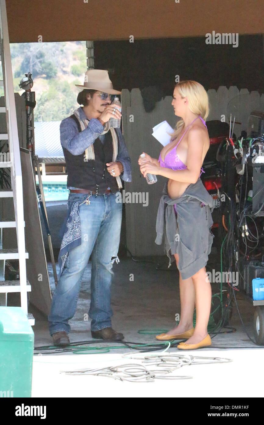 économiser 2c375 08bce Jordan Carver et un Johnny Depp apparence que le tournage ...