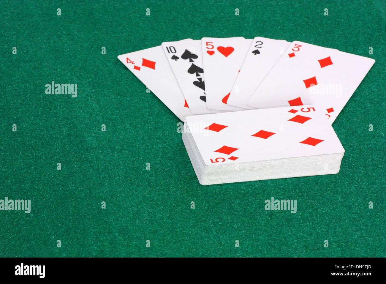 Une image montrant la notion de hasard et de chance dans un jeu de cartes Photo Stock