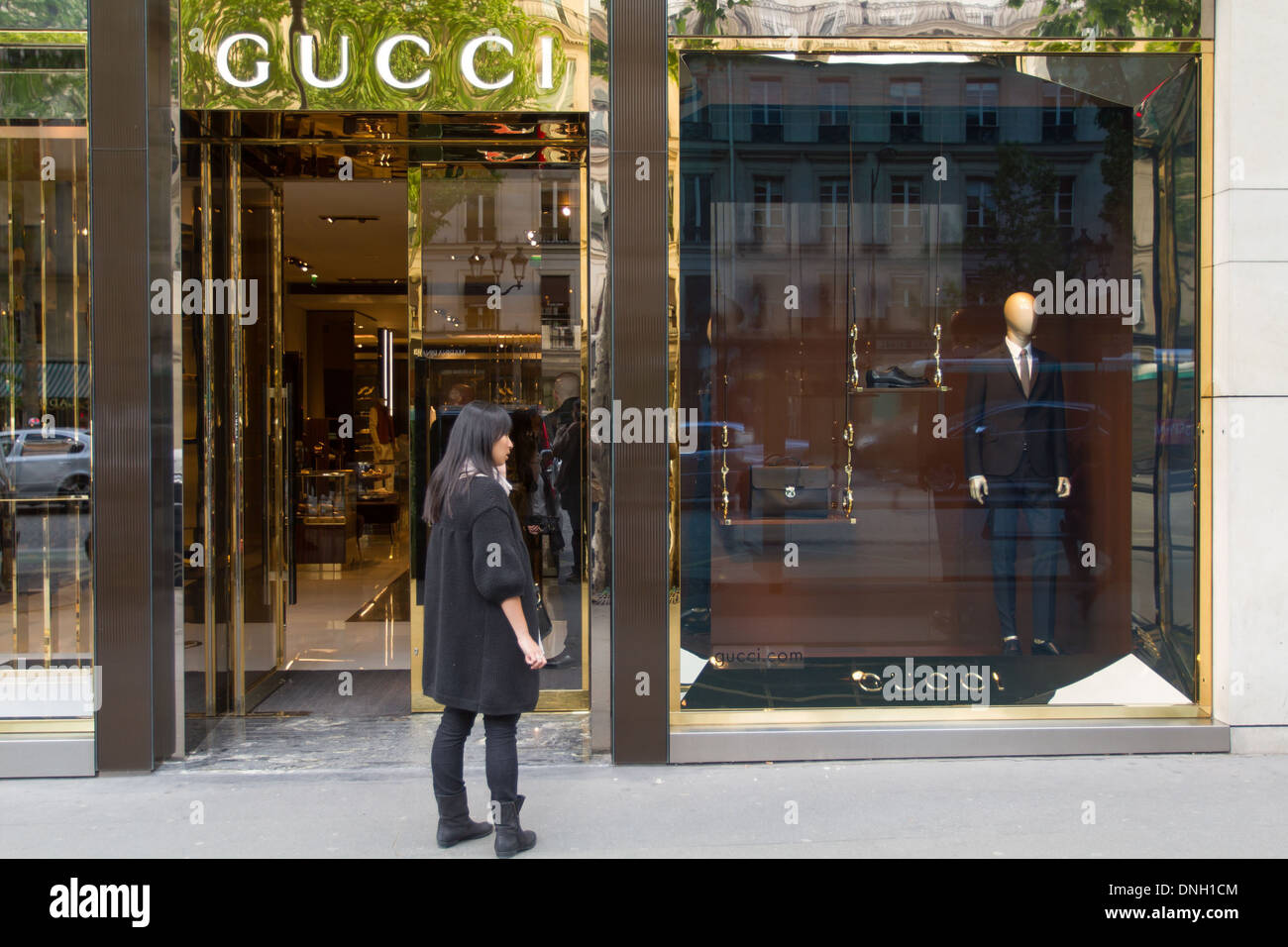 Boutique GUCCI, Rue Royale, 7ème arrondissement, PARIS, FRANCE ... dc021babf02