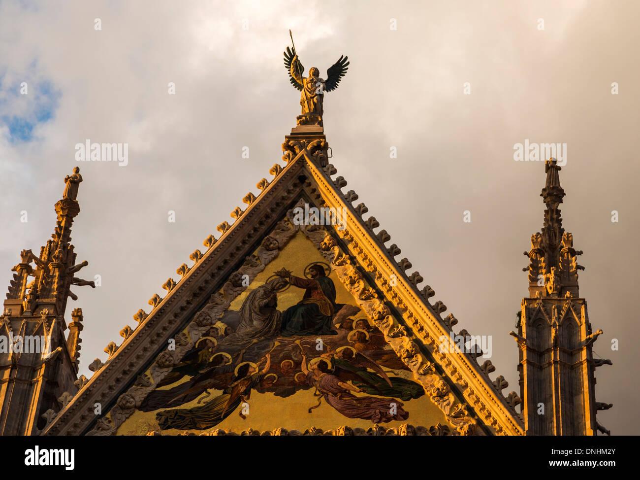 Détail architectural d'une cathédrale, la Cathédrale de Sienne, Sienne, Province de Sienne, Toscane, Italie Banque D'Images