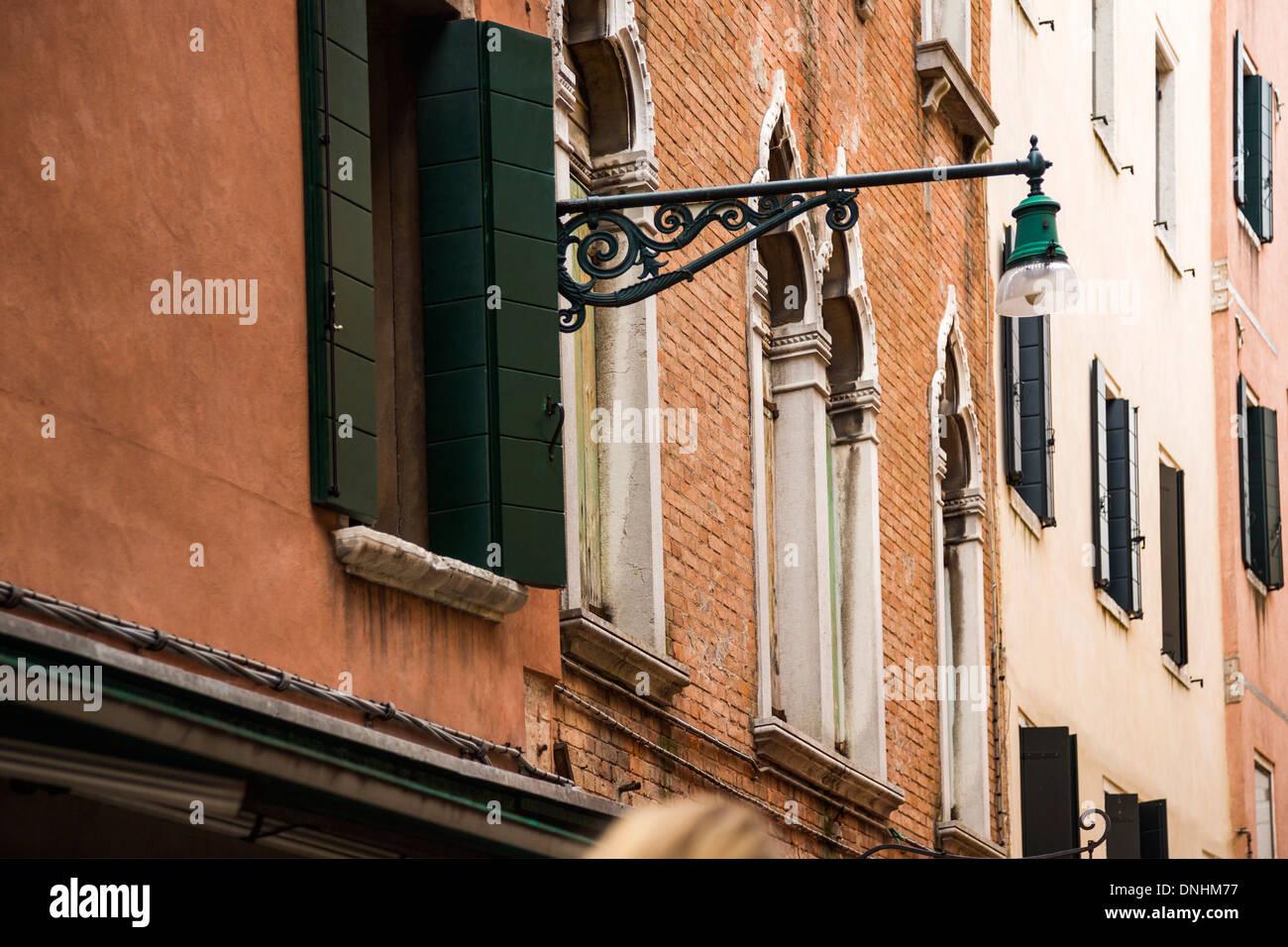Portrait d'un immeuble résidentiel, Venise, Vénétie, Italie Banque D'Images