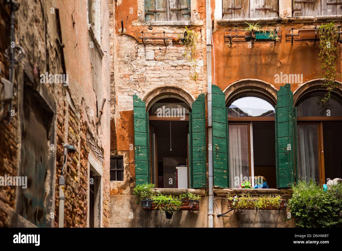 Portrait d'un vieux bâtiment, Venise, Vénétie, Italie Banque D'Images
