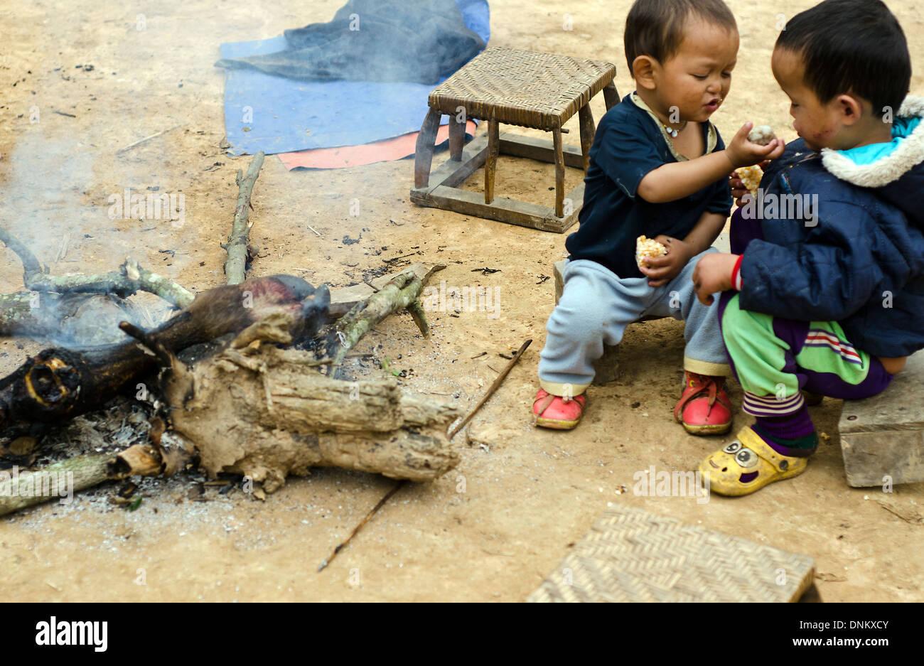 Akha Laos Photos & Akha Laos Images - Alamy