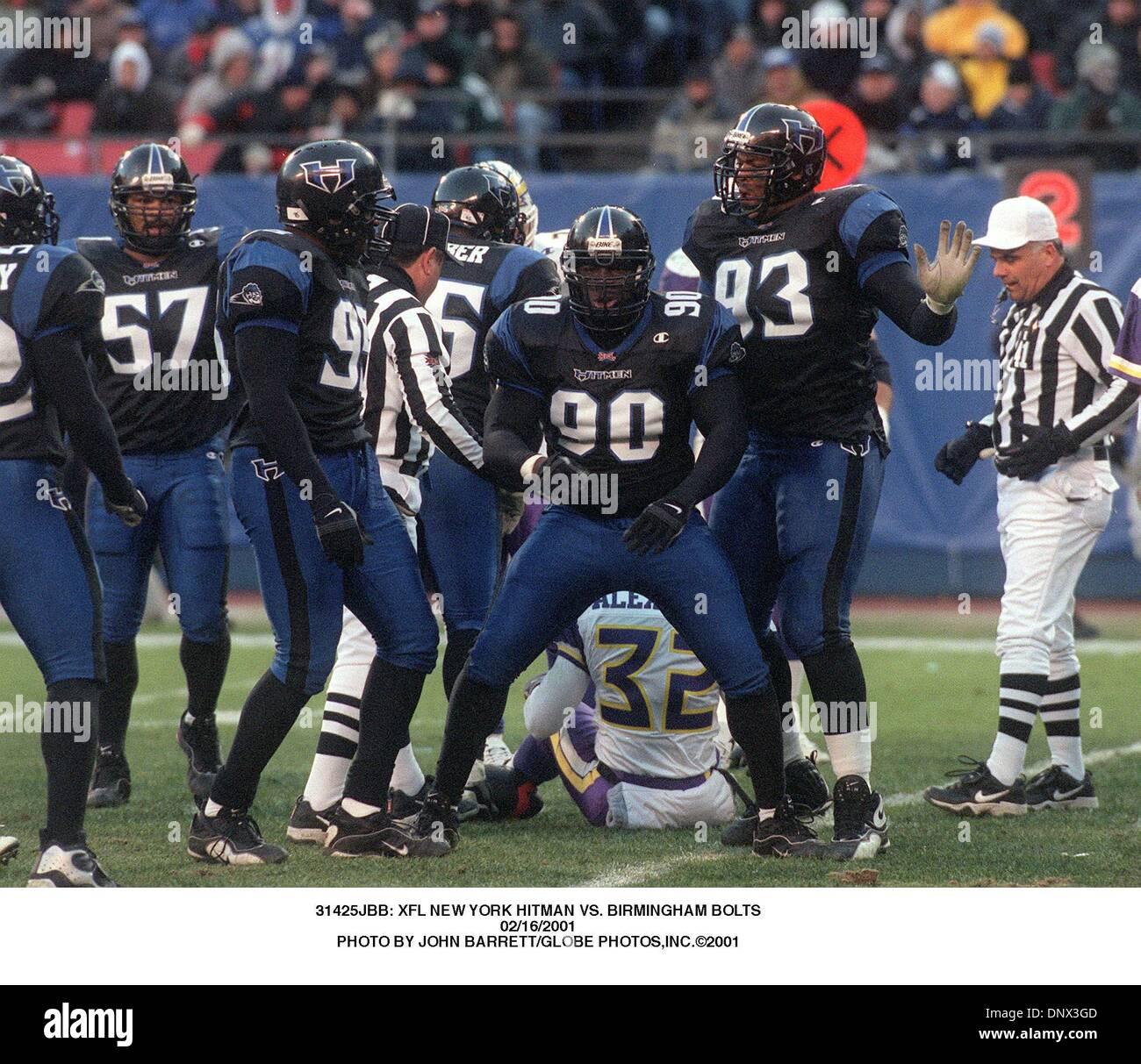 16 février 2001 - 31425JBB: NEW YORK XFL HITMAN VS. Vis de Birmingham.02/16/2001. JOHN BARRETT/(2001 Image: © Crédit Photos Globe/ZUMAPRESS.com) Banque D'Images