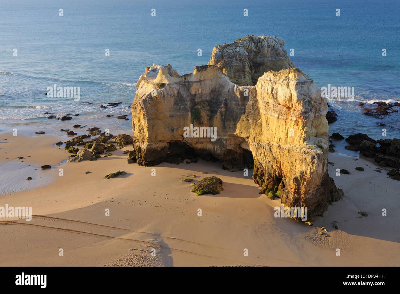 Rock Formations au Praia da Rocha, Portimao, Algarve, Portugal Banque D'Images