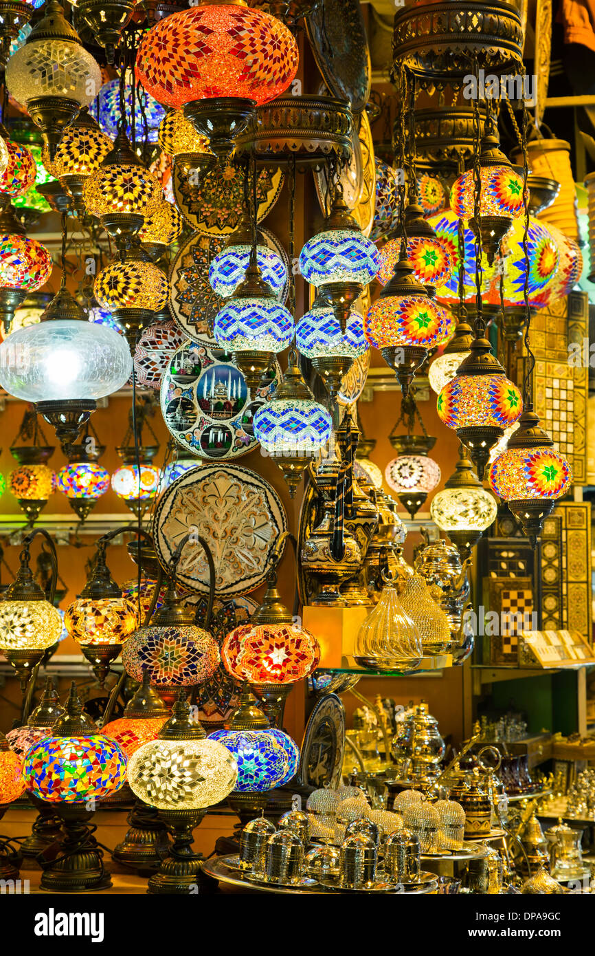 Affichage lampes, Grand Bazar, Istanbul, Turquie Photo Stock