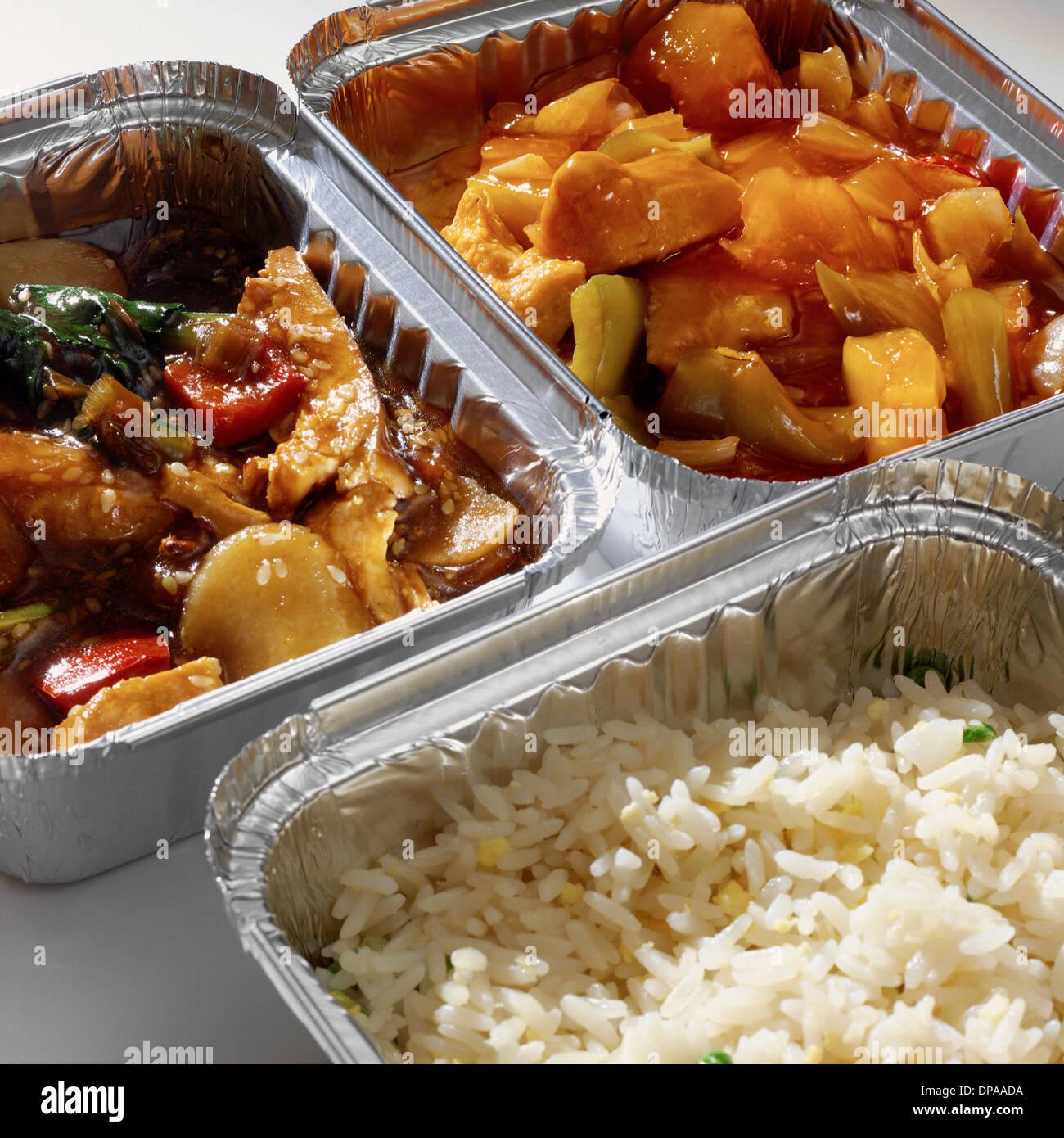 À Emporter, curry et riz en cartons Photo Stock
