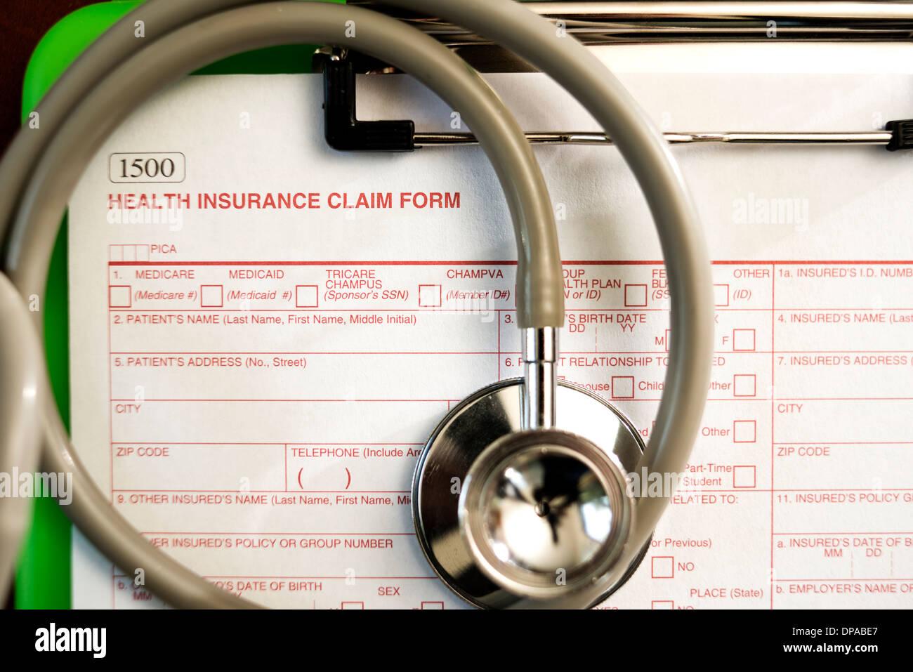 Formulaire de demande d'assurance-santé -- Profondeur de champ Photo Stock