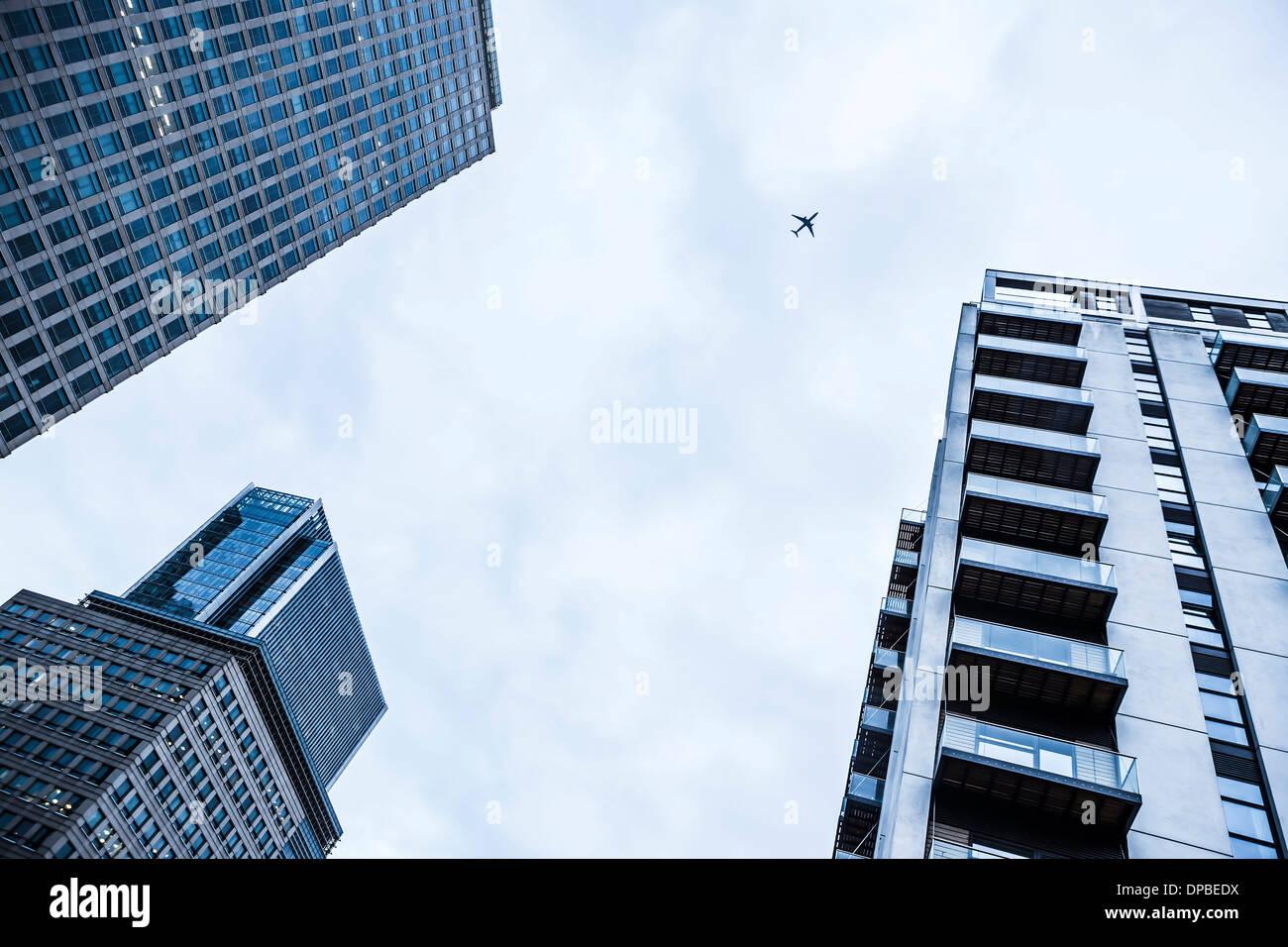 UK, Londres, Docklands, certaines parties de trois bâtiments du quartier financiers Photo Stock