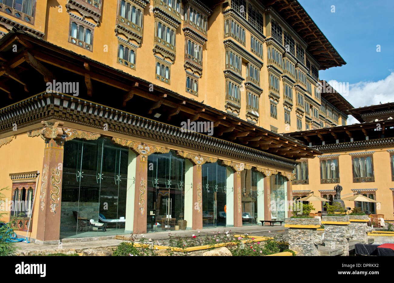 Hôtel Taj Tashi dans une architecture traditionnelle, Thimphu, Bhoutan Photo Stock